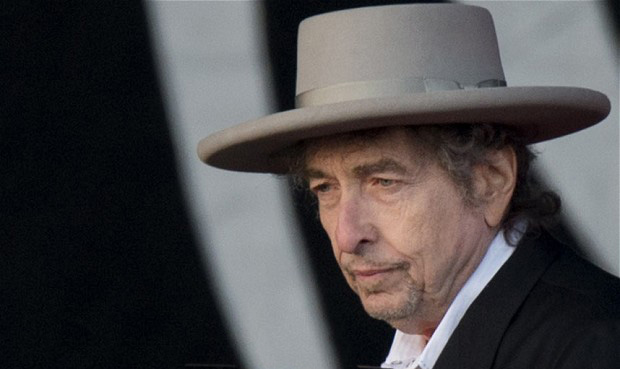 Song and Dance Men: Dylan at 70
